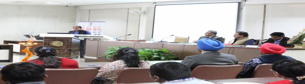 Smt.Asha Kumari Jaswal (Mayor)